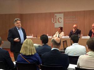 """Networking café IR-UIC: """"La importancia de las relaciones personales y la comunicación"""""""