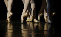 Un ball entre l'Amor i la Discrepància